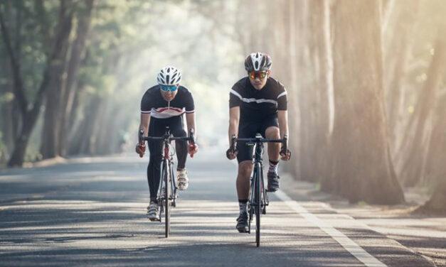 HOBI BERSEPEDA, 5 CYCLING KITS WAJIB BAWA BIAR NYAMAN MAKSIMAL